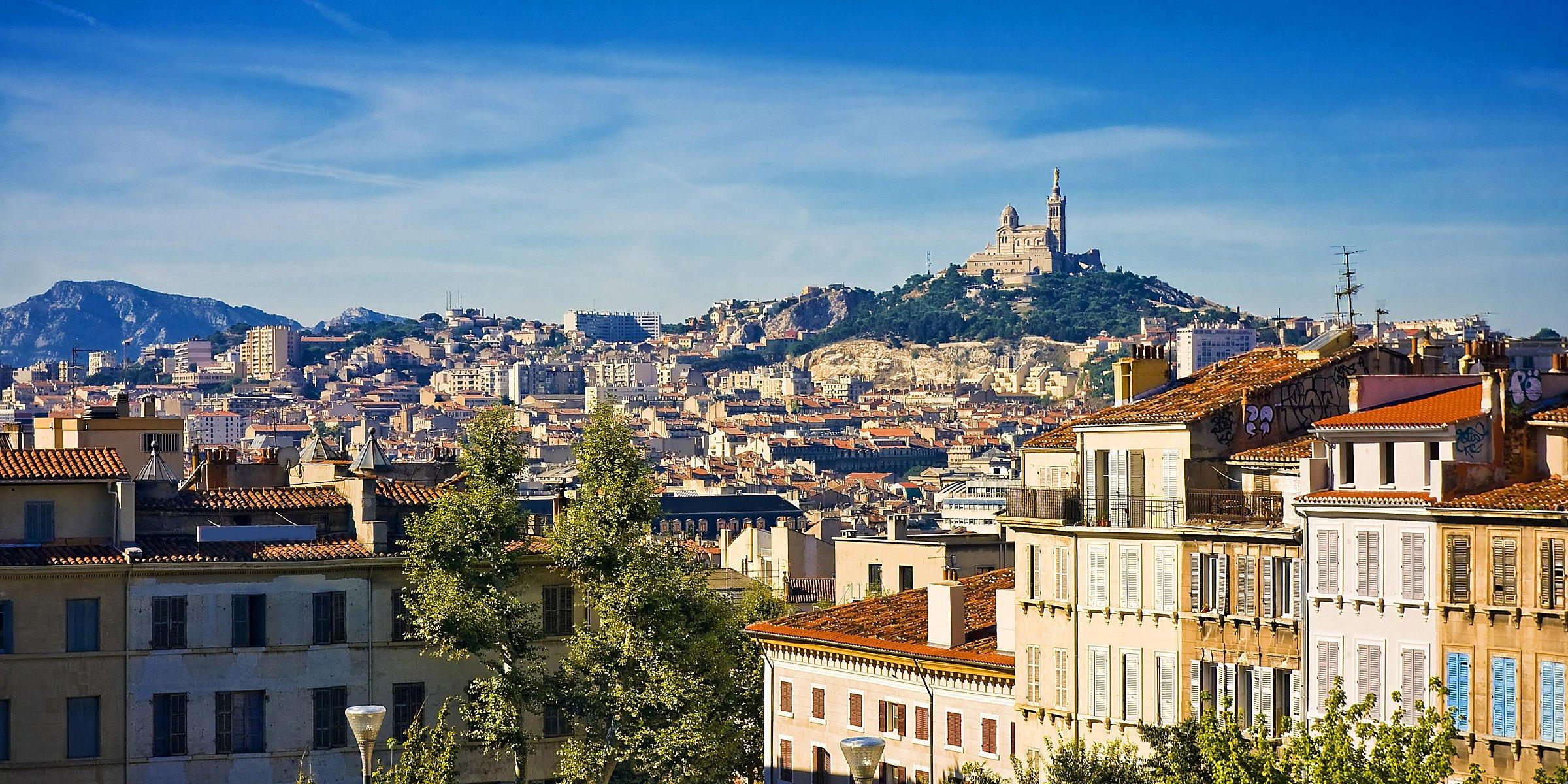 Sécheresse de l'été sur la Côte d'Azur : pourquoi faire un diagnostic sur votre façade ?