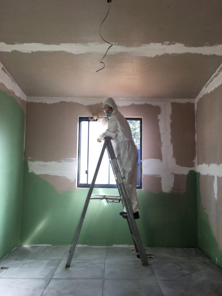 Pourquoi est-il très important de réaliser un devis avant de se lancer dans la rénovation de sa maison ?